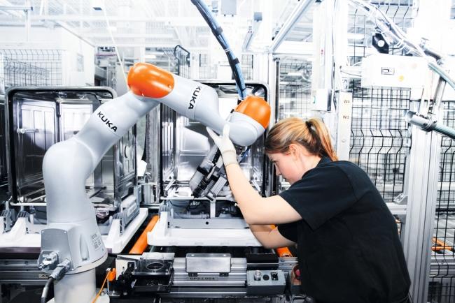 Kuka Robotics Zenoot